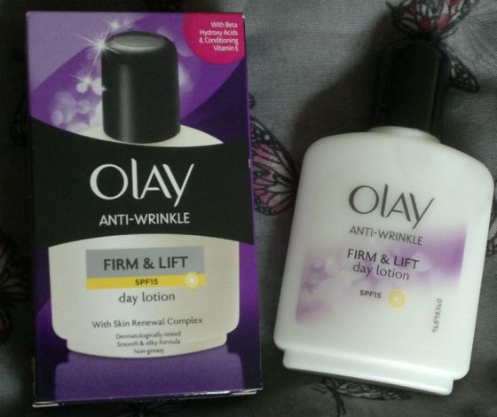 Olay Anti-Wrinkle Firm and Life Day Lotion 1