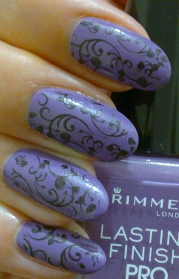 Rimmel Lasting Finish Pro 370 Wild Orchid plus Stamping