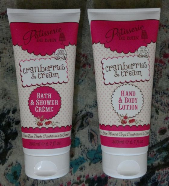 patisserie-de-bain-cranberries-cream-4